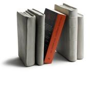 Solhem Bokstöd betong grå, tove adman