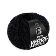 LANG Yarns Earth von WOOLADDICTS by Lang Yarns, Schwarz