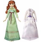 Papusa Frozen 2 Anna cu rochita de schimb