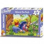 Puzzle Winnie plimbare in natura 100 pcs