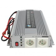 HQ 1000W-os inverter, beépített töltővel (HQ-INV1KC/24)