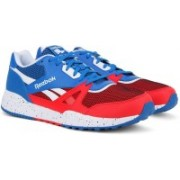 REEBOK ROYAL ESCAPE Running Shoes For Men(Red, Blue)