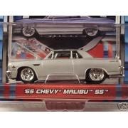 Maisto Pro Rodz Silver 1965 Chevy Malibu SS 1:64 Scale Die Cast Car