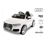 Mașinuță electrică pentru copii NOUL Audi Q7 Quattro, Albă, Licență Originală, cu Baterii, Uși care se deschid, Scaunde din Piele, 2x Motoare, Baterie de 12 V, Telecomandă 2.4GHz, roți ușoare Eva, pornire Lină