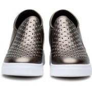 GOSPEL 666 Slip On Sneakers For Women(Gold)