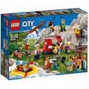 Конструктор Лего Сити - Пакет с хора – приключения сред природата, LEGO City, 60202