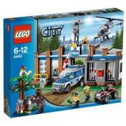Lego 4440 Forest Police Station V29