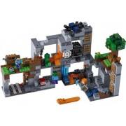 Lego Berggrundsäventyren - Lego Minecraft 21147