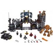 Lego Clayface invaderar Batgrottan - Lego Super Heroes 76122