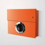 Radius Design Letterman XXL Briefkasten orange (RAL 2009) mit Klingel in rot mit Pfosten in Briefkastenfarbe