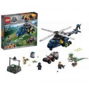 Конструктор LEGO Jurassic World Погоня за Блю на вертолёте
