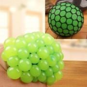 Anti - Estres Relevista Extrusión Compresión Cara De Bola De Humor Sano Uva Socorro Gracioso Tricky Vent Toy (verde)