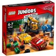 Set de constructie LEGO Juniors Cursa Nebuneasca de la Thunder Hollow