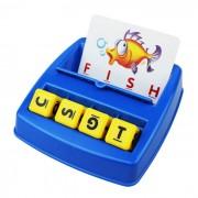Ninos de la primera infancia que emparejan letras de la localizacion mirada / aprende el conjunto ingles del juguete del alfabeto