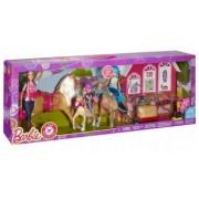 Barbie Papusi cu Cai La Tara DMR52 set joaca