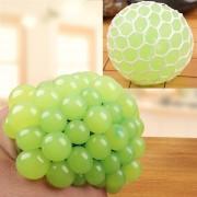 6cm Anti - Estres Relevista Extrusión Compresión Cara De Bola De Humor Sano Uva Socorro Gracioso Tricky Vent Toy (verde)