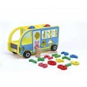 Autobuz din lemn cu forme