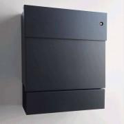 Radius Design Letterman 5 Briefkasten schwarz (RAL 9005) mit Klingel in blau ohne Pfosten