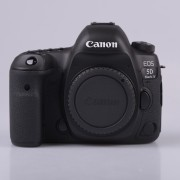 Canon EOS 5D Mark IV Body Only (MK IV) Digital SLR Camera with Kingston 32GB min. 80MB/s SD Memory Card [kit box]