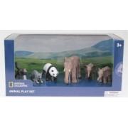 Set 6 figurine National Geographic Elefantul si puii Maimuta Raton Urs Panda