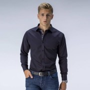 Tailor Store Svart skjorta med kontraster