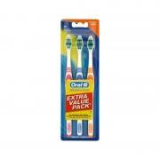 Oral-B Classic Care Medium Tandbørste 3-pak 3 stk Toothbrush