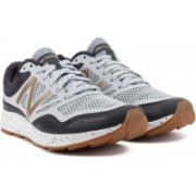 New Balance Running Shoes For Men(Blue, Navy)