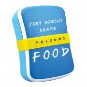 Half Moon Bay Friends Joey doesn't share lunchtrommel
