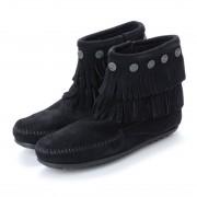 【SALE 53%OFF】ミネトンカ Minnetonka Double Fringe Side Zip Boots (ブラック) レディース
