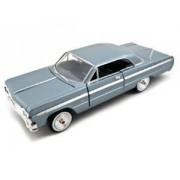 1964 Chevrolet Impala Blue 1:24 Diecast Car Motormax