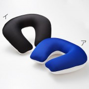 ネックピロー≪吸水速乾素材クールマックス(R)ファブリック使用・空気で膨らむ枕≫