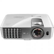 BenQ DLP W1080ST+ Proyector para Cine en Casa con 2200 Lúmenes, Resolución Full HD 1080p, Tiro Corto, 6000 Horas Lámpara SmartEco y HDMI, Color Blanco con Gris