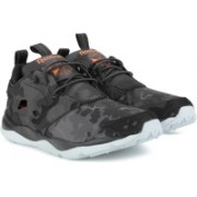 REEBOK FURYLITE CC Sneakers For Men(Black)