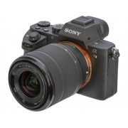 Sony Kit Cámara Mirrorless SONY Alpha 7 Mark II + Objetivo 28-70mm (24.3 MP - Sensor: Full-Frame - ISO: 50 a 25 600)