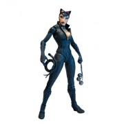 DC Collectibles Direct Batman: Arkham City Series 2: Catwoman Action Figure, Multicolor