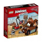 LEGO Juniors Mater's Junkyard 10733 Building Kit