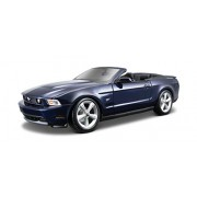 Maisto 1:18 Scale 2010 Ford Mustang GT Convertible Diecast Vehicle (Colors May Vary)