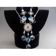 Set bijuterii peruvian cu pietre, sticla murano bleu si medalion
