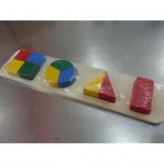 Fa ügyességi játék, színes alakzatok