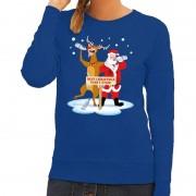 Shoppartners Foute kersttrui blauw met een dronken kerstman en Rudolf voor dames