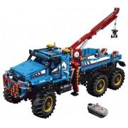 Lego Terränggående 6x6-bärgningsbil - LEGO 42070 Technic