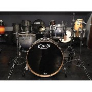 PDP Batteria By Dw Concept Maple Silver To Black Sparkle Fade