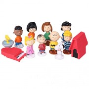 "Exclusive ""Peanuts Gang"" 4 cm Collectible Complete Action Figure Set"