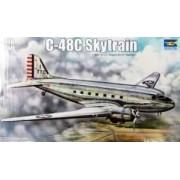 Trumpeter Model samolotu Douglas C-48C Skytrain Transport Aircraft - Trumpeter 02829