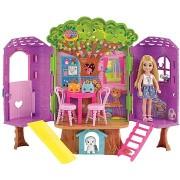 Barbie Chelsea és házikó a fán