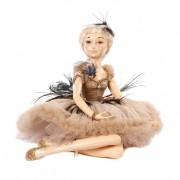 Papusa decorativa cu rochie superba