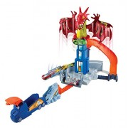 Hot Wheels Dragon Blast Race Track Playset with Cars, Multi Color