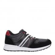 Karlet fekete sportcipő