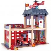 Hape Grande Caserne de Pompier en bois Hape - Jouets en bois