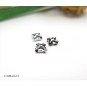 Mărgele cruce cu desen argintiu (100g)